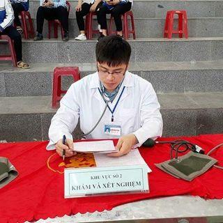 bac si Nguyễn Mạnh Hưng
