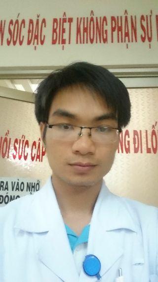 bac si Nguyễn Huy Thuận