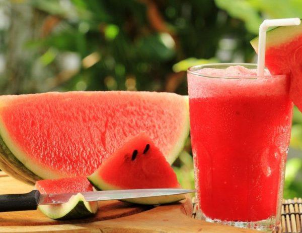 Ăn trái cây nào tốt cho mùa hè