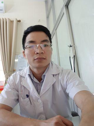bac si Nguyễn Chí Tuấn